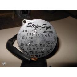 Sanyo Denki 103G771-0243 1.53V 3A 1.8 DEG/STEP MOTOR